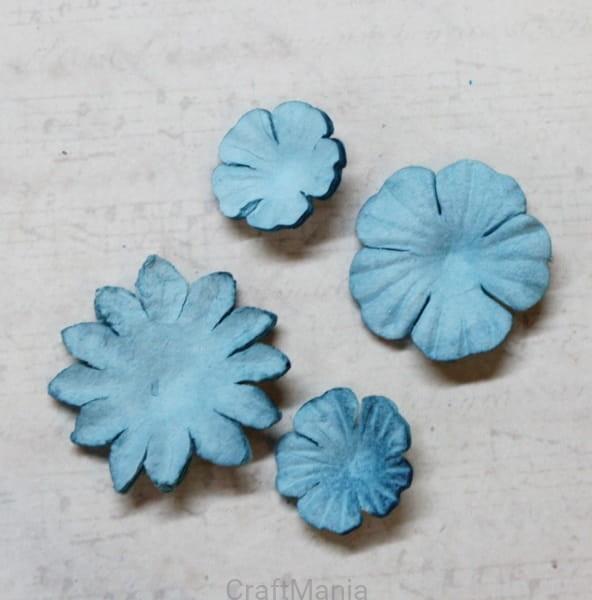 http://craftmania.pl/pl/p/papierowe-kwiatki-jeansowe-zestaw-maly-/2089