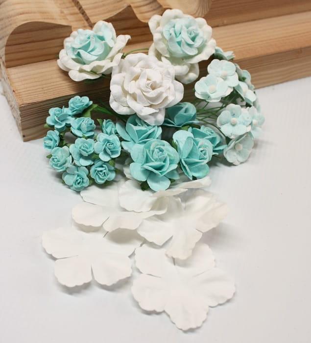 http://craftmania.pl/pl/p/zestaw-kwiatow-Blue-Dream/2234