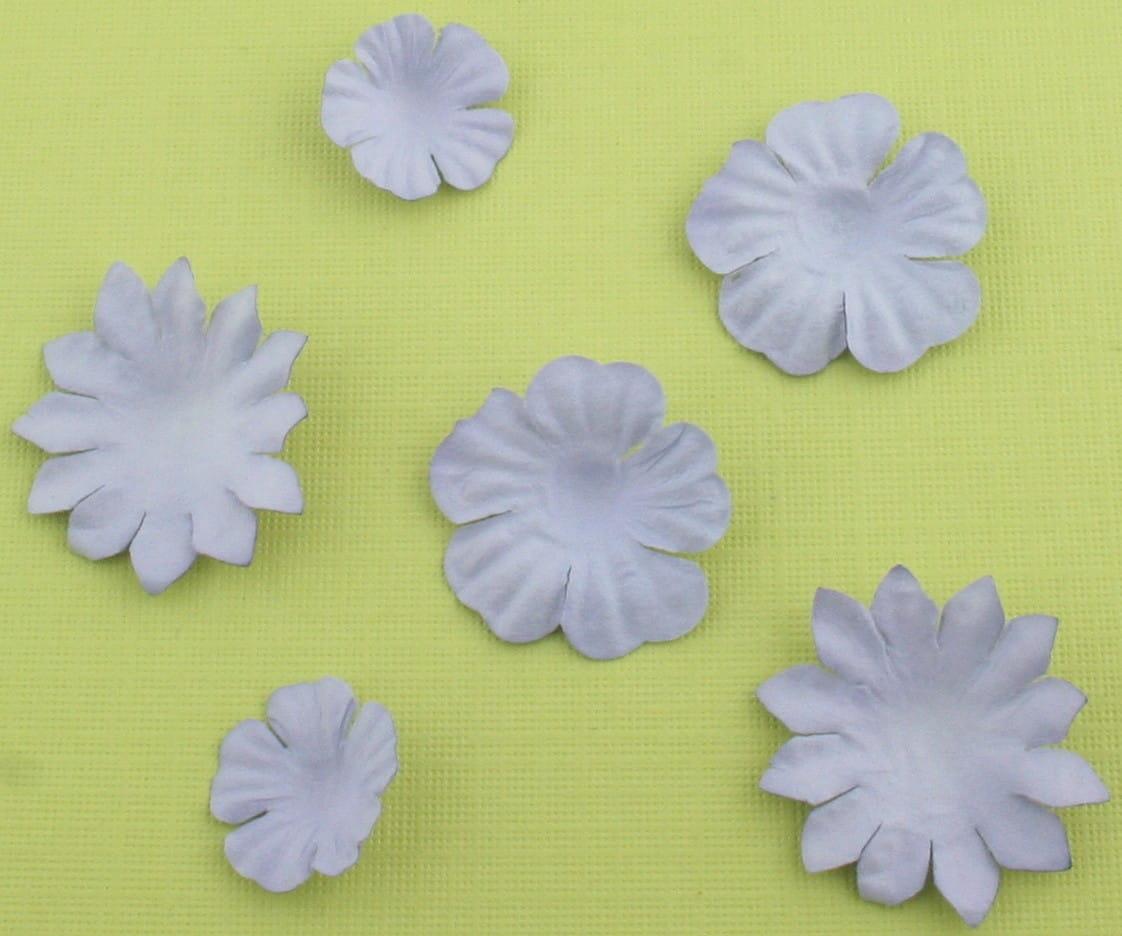 http://craftmania.pl/pl/p/papierowe-kwiatki-lawendowe/219